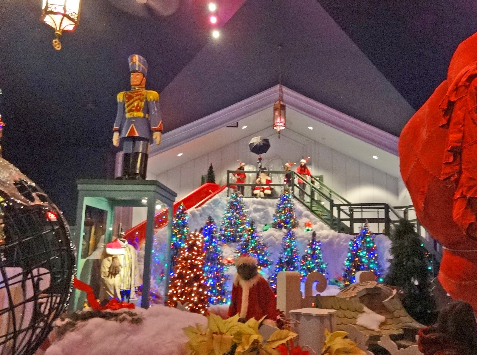 Jax Stumpes: Christmas in Medina, OH (11/22/2014)