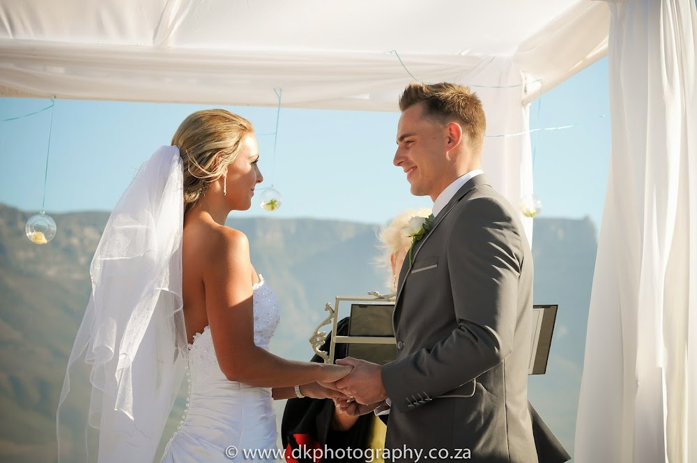 DK Photography _DSC6695 Wynand & Megan's Wedding in Lagoon Beach Hotel  Cape Town Wedding photographer
