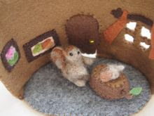 Felt Squirrel's House Inside
