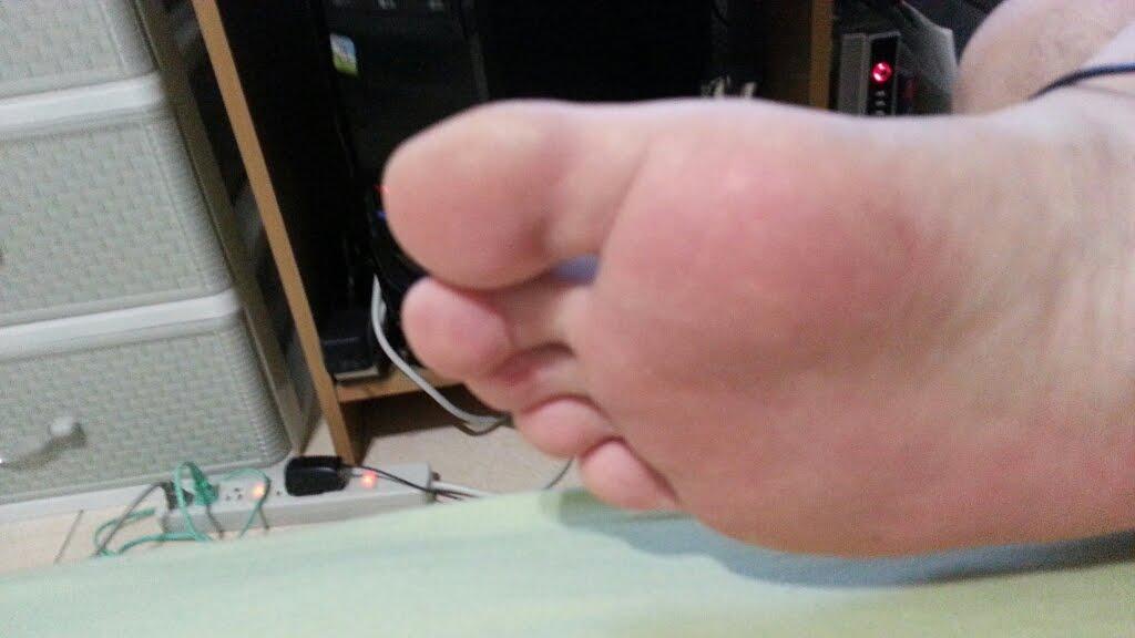 記憶卡老北腳拇指
