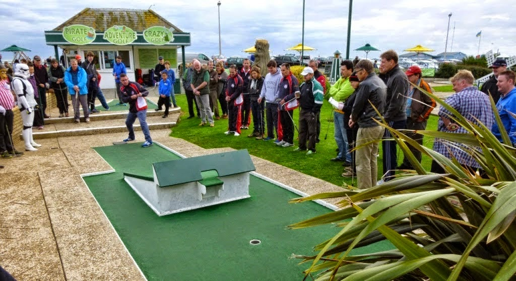 Richard Gottfried playing Crazy Golf in Hastings
