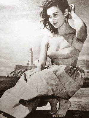 http://stayy---g0ld.tumblr.com/post/42478909475/hollyhocksandtulips-gia-scala-1957