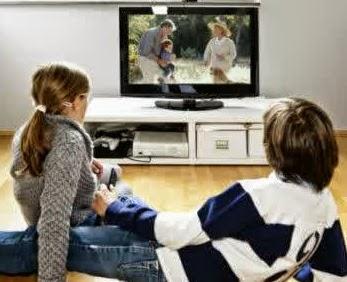 bahaya menonton tv terlalu lama