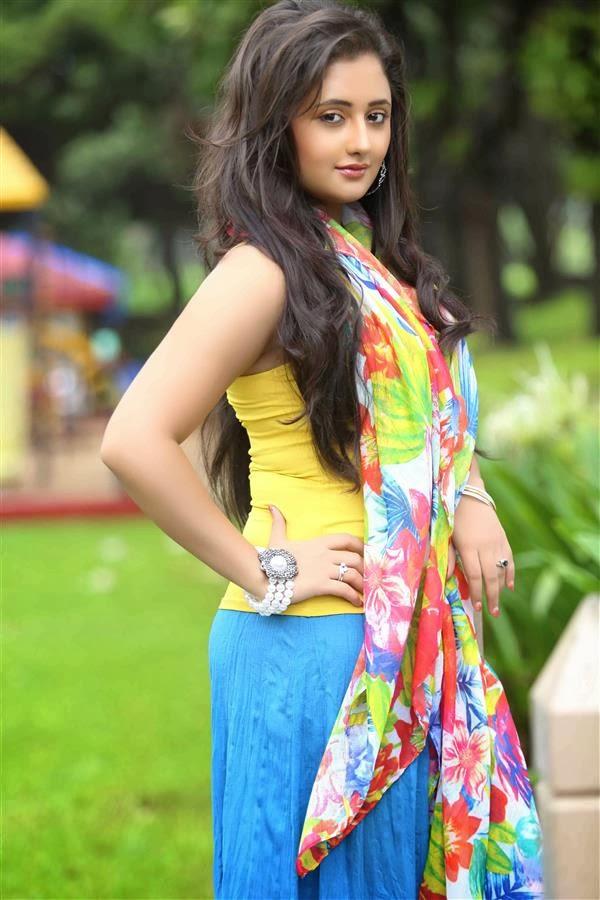 Rashmi Desai HD Wallpapers Free Download