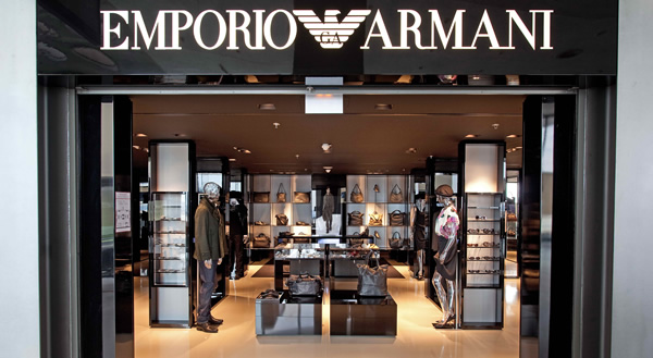 armani brand positioning This case giorgio armani's growth strategies focus on the giorgio armani group, the italian fashion house, known for its 'power suits' in the 1980s and its clients in hollywood, has been reporting continuous profit growth.