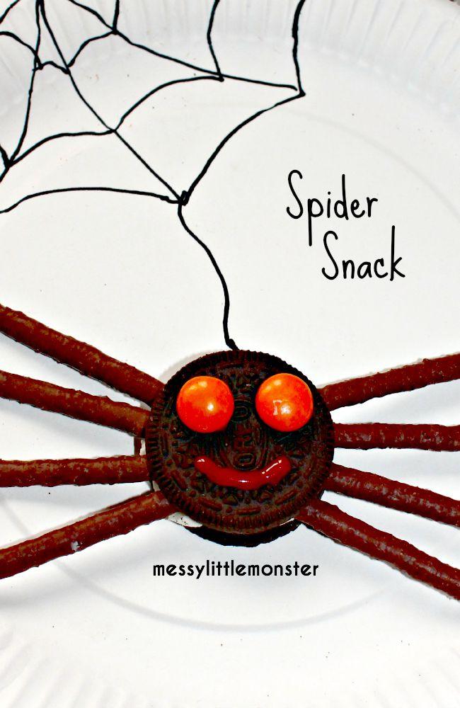 Simple spider biscuit snack idea