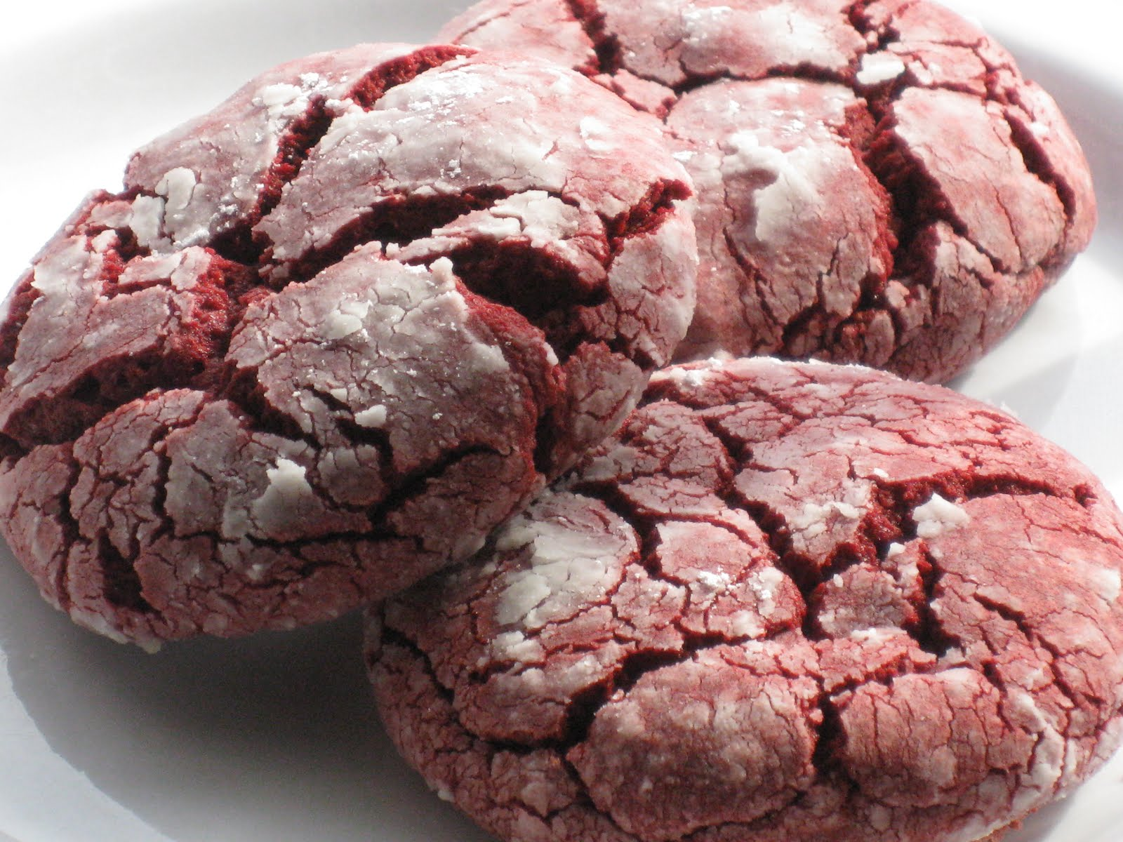 Bonz Blogz: Red Velvet Crinkle Cookies