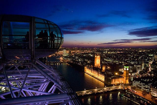 12 عين لندن من أجمل المعالم جذبا في لندن ، تخيل أن تري مدينتك كلها بنظرة واحدة