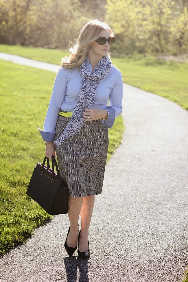 loft-tweed-pencil-skirt