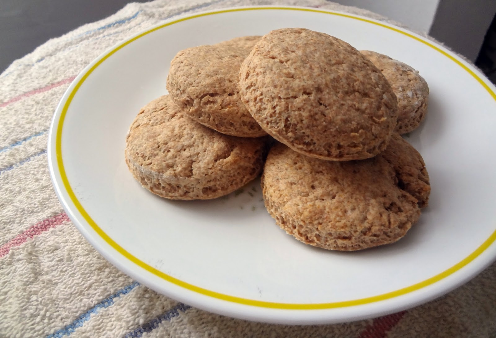 The Cooking Actress: Whole Wheat Biscuits