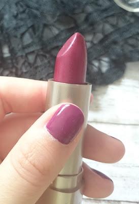 Review sleek MakeUP Cream Lipstick 531 Fireglow