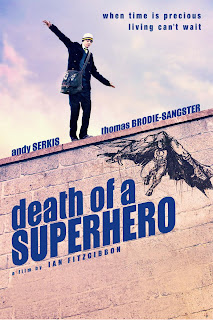 Ver online: Death of a Superhero (2011)