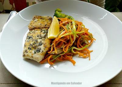 Lafayette: Peixe branco com mix de Vegetais
