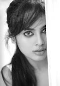Nandita Swetha dazzling pics-thumbnail-6