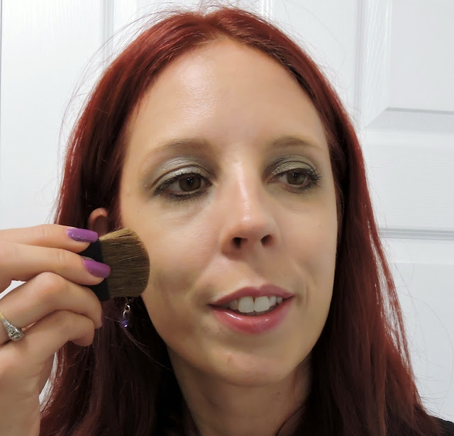 Get the look!: Almay Luminous CC Primer, Bronzer, Intense i-colour Liquid Eyeliner, Smart Shade Anti-aging Skintone Matching Makeup,  i-Color Volumizing Mascara, Smoky-i Shadow Palette, Beauty, Review, Tutorial, Almaypicnic, Toronto, Canada, Ontario, Melanie.Ps, The Purple Scarf, Sunkissed