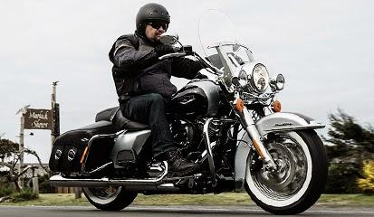 Motor Touring Harley Davidson
