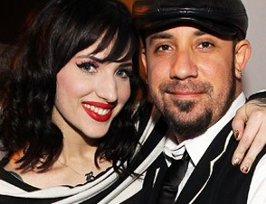 AJ McLean married the model Rochelle Karidis DeAnne