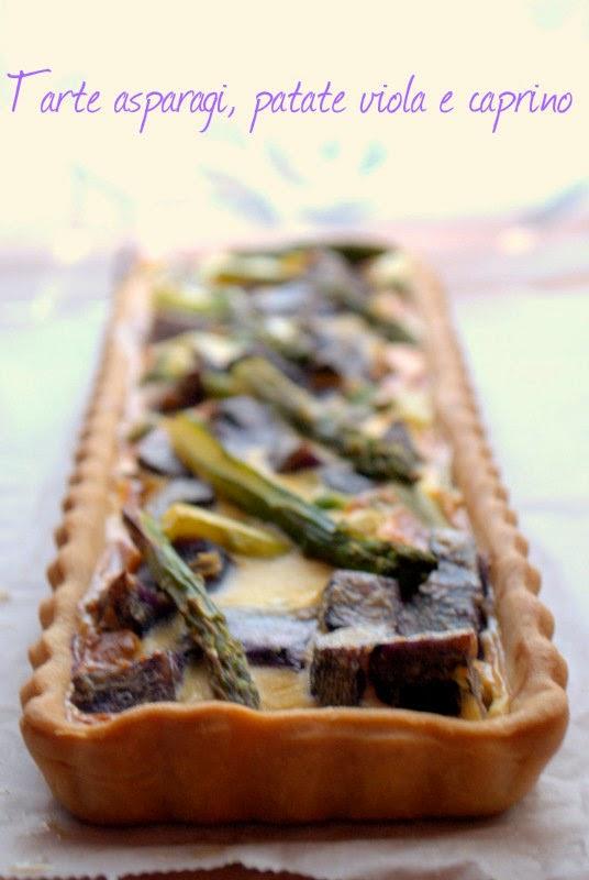 tarte agli asparagi, caprino e patate viola