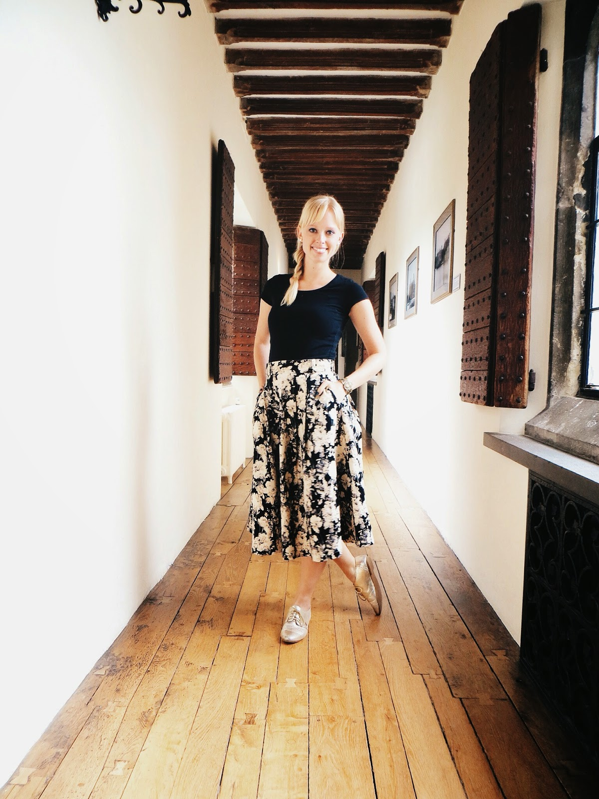 chicwish floral midi skirt with pockets, deb shops gold oxfords, leeds castle, travel, england, ghost stories