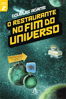 Capa do livro O restaurante no fim do universo, de Douglas Adams