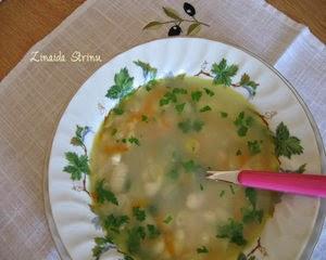 supa-de-fasole-boabe