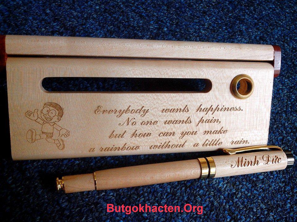 Bút gỗ khắc chữ tiếng Anh tuyệt đẹp - Butgokhacten.Org
