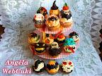 Halloween muffinok 2013, egy egyszerű muffin, az ideillő ijesztő díszítéssel.