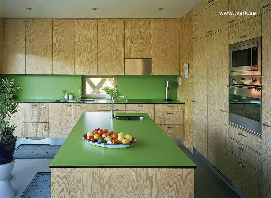 Cocina de estilo Contemporáneo en casa sueca