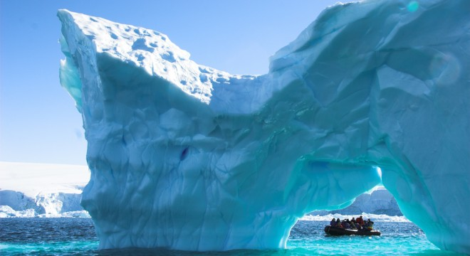 Antarctica tourist destinations for Can you visit antarctica