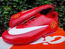 Grosir Sepatu Futsal Tangerang