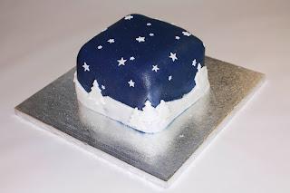 Snow scene Christmas Cake
