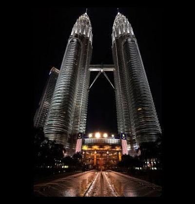 (Fakta) Tentang Menara Berkembar Petronas KLCC Yang Ramai Dah Lupa..