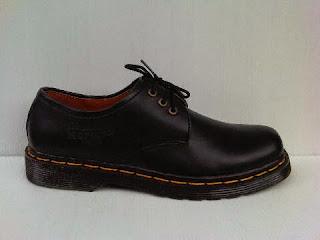 sepatu dr.martens,online sepatu dr.martens,