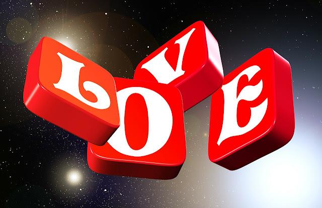 كلام في الحب يحمل معانٍ كثيرة للعشاق