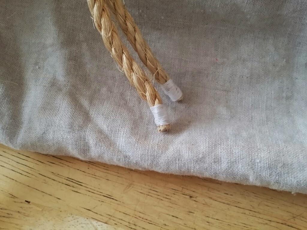 how to make a medieval arrow bag