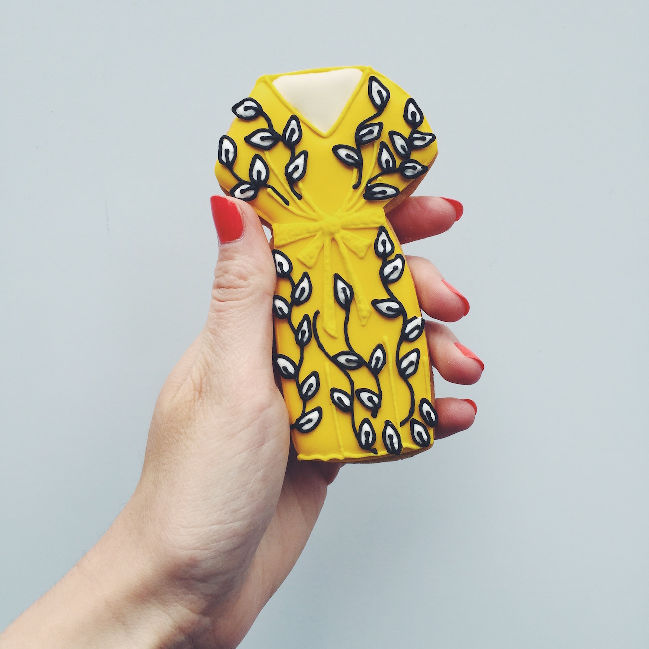 yellow dress biscuit for christmas laura ashley aw15 press day from the biscuiteers