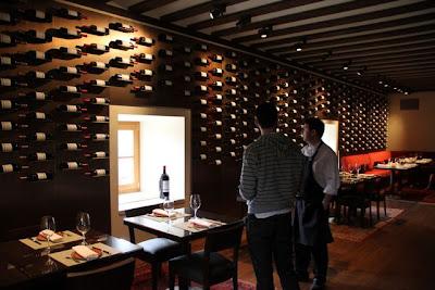 Vinoteca de El Hotel Abadía Retuerta Le Domaine. Blog Esteban Capdevila