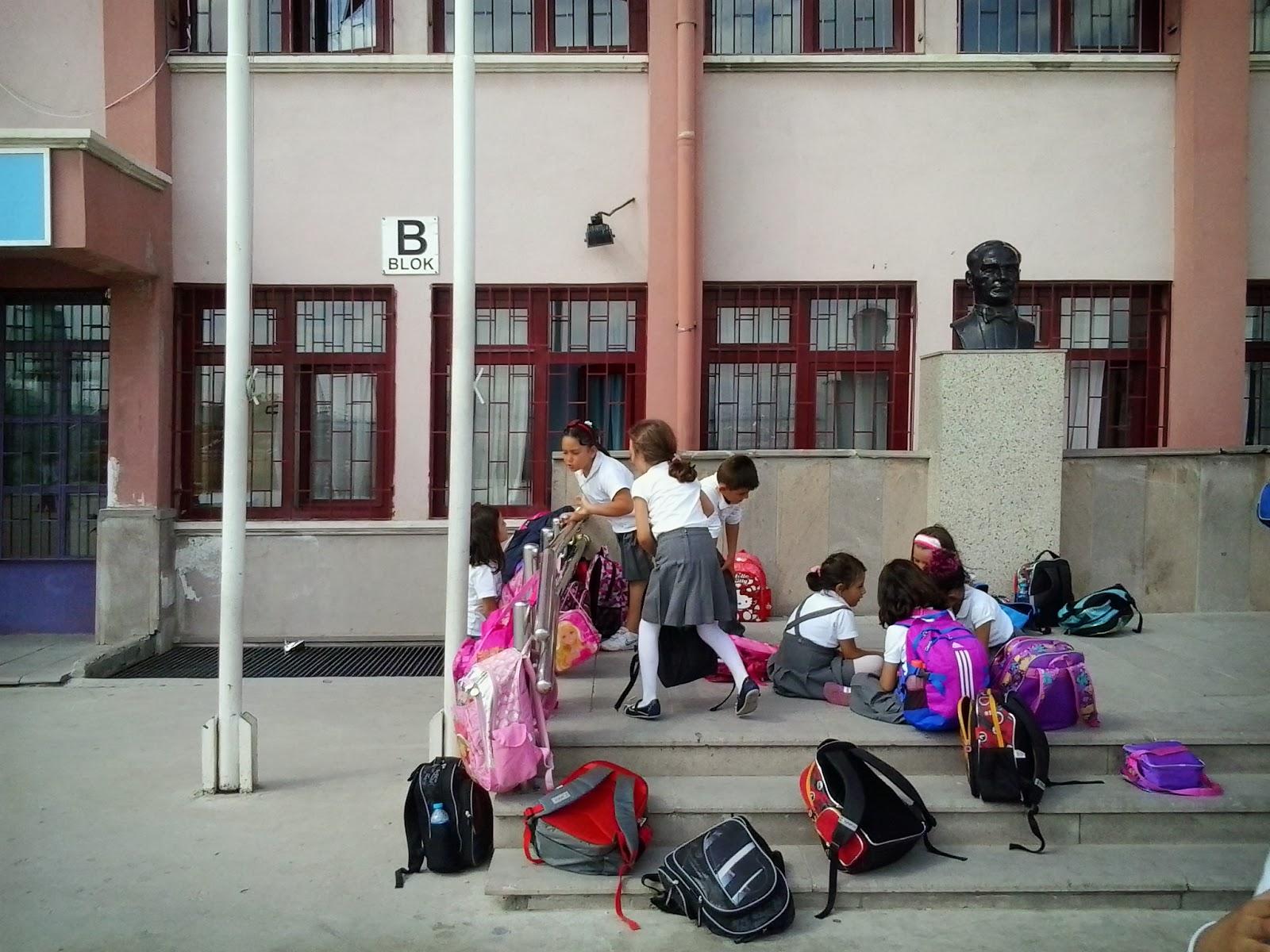 Okula Giden Birçok Çocukta Gözükmeye Başladı