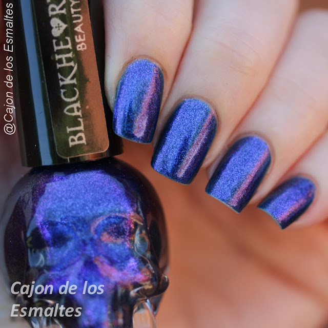 Esmalte Calavera - Blackheart de Hot Topic