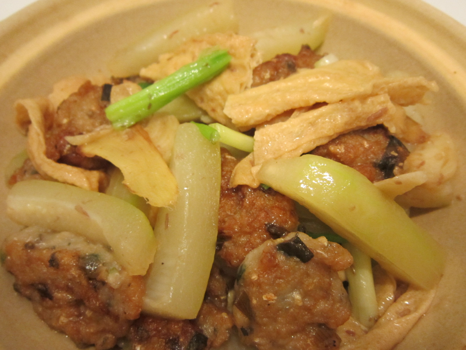 ... : Stir Fried Fuzzy Melon with Fried Minced Fish & Bean curd Stick