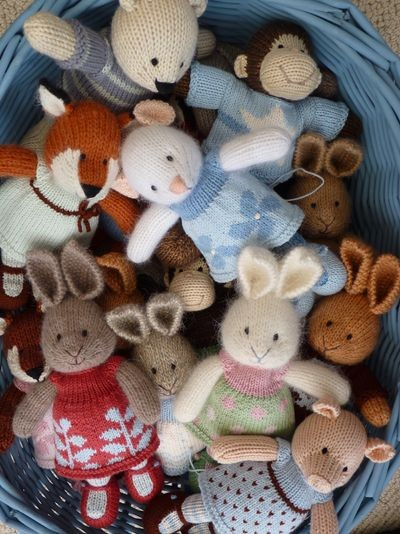 Knitting Pattern Small Animals : Sugar Nellie: SOS- Little Cotton Rabbits