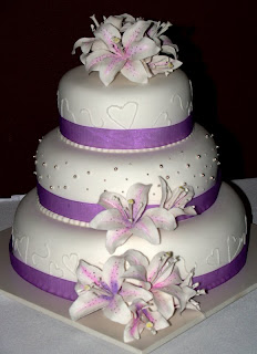 Purple Wedding Cakes Picture