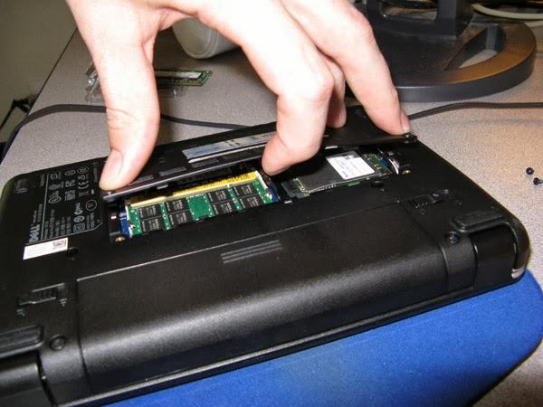 كيف تغير او تضيف رام لحاسوبك المحمول (للمبتدئين)