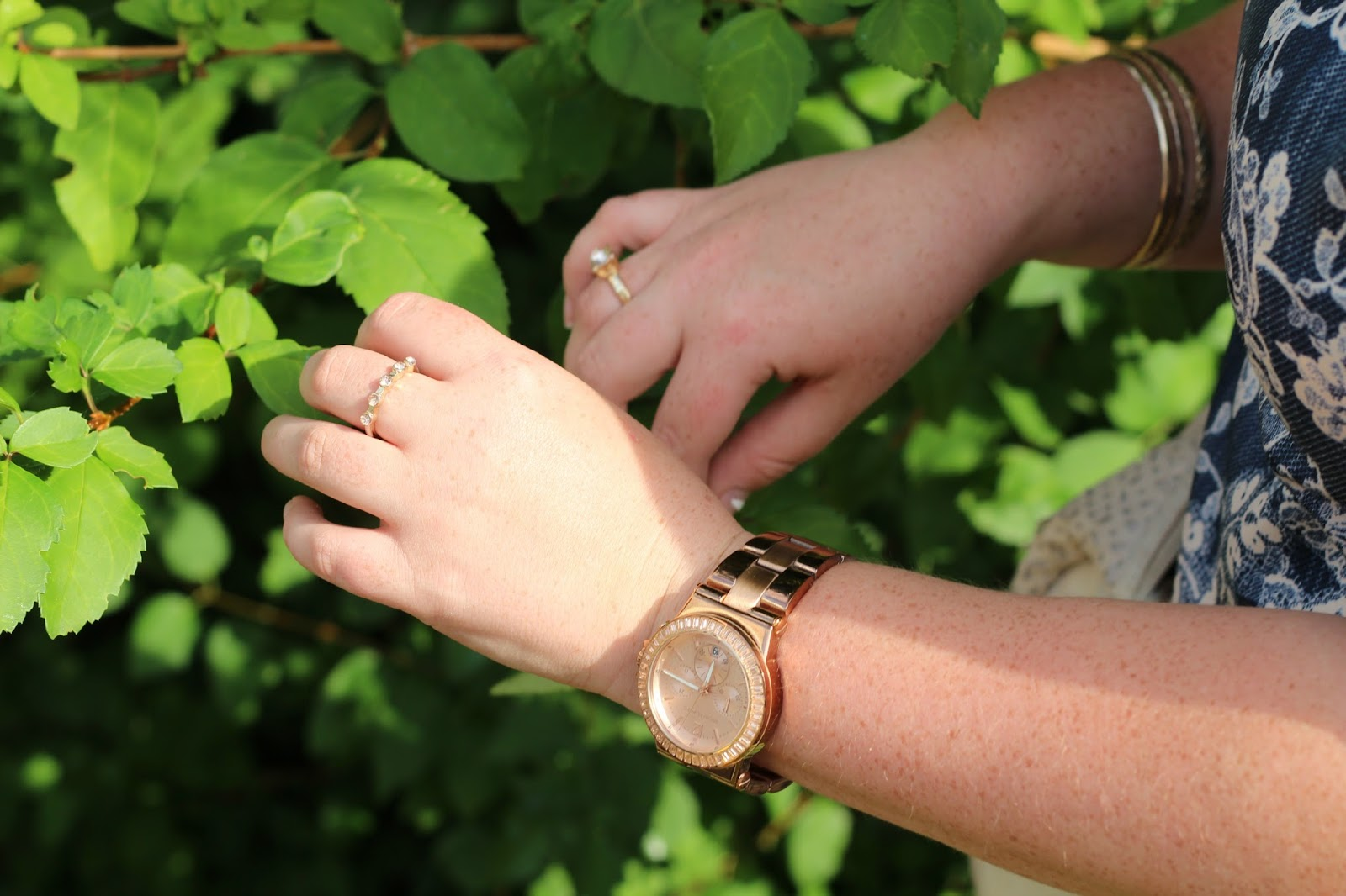 rose gold michael kors watch, gold and pink primark rings, gold primark bangles,