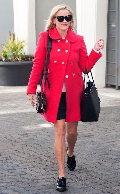 #ReeseWitherspoon, look for less, celebrity street style, outfit ideas for the office, celebrity wearing a red coat, January 2016