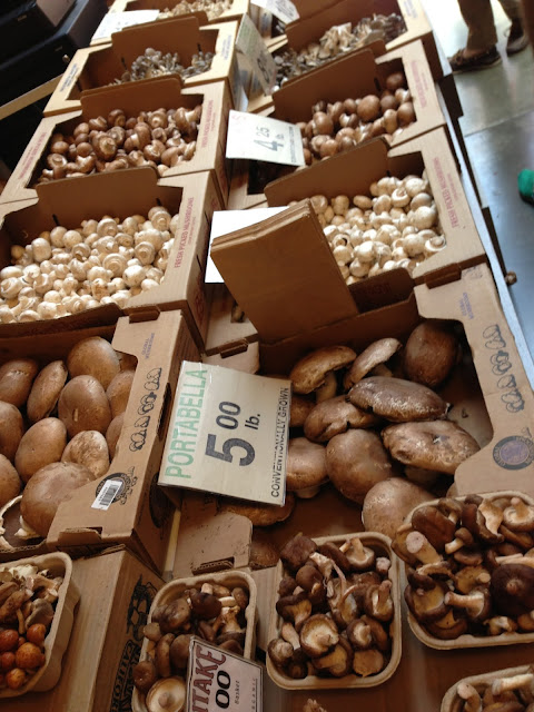 mushroom_stand