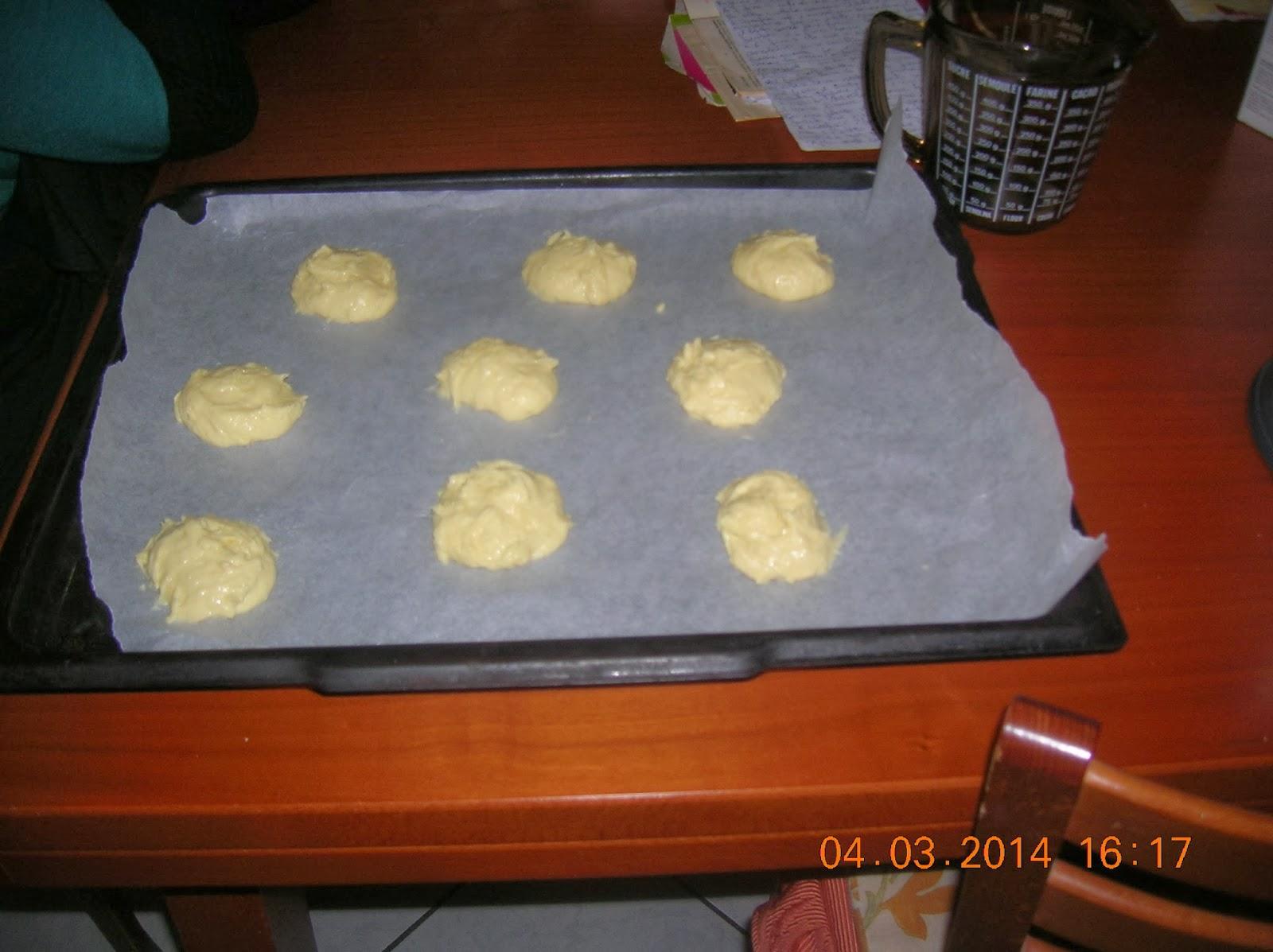 le zeppole di  san giuseppe  senza uova alla marylen..con crema pasticcera vegan