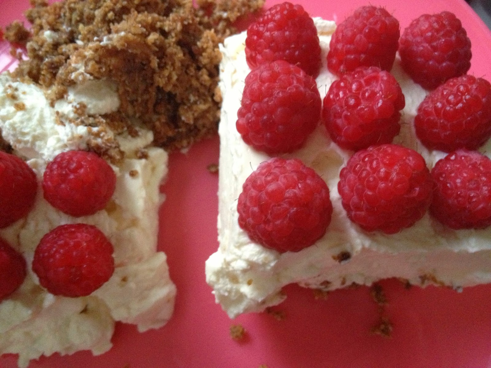 gluten free raspberry cheesecake