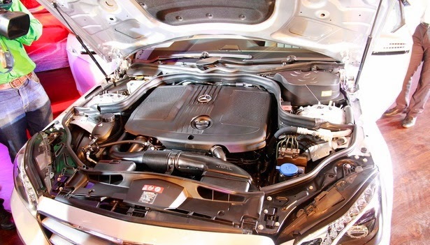 2016 Mercedes E-Class Engine
