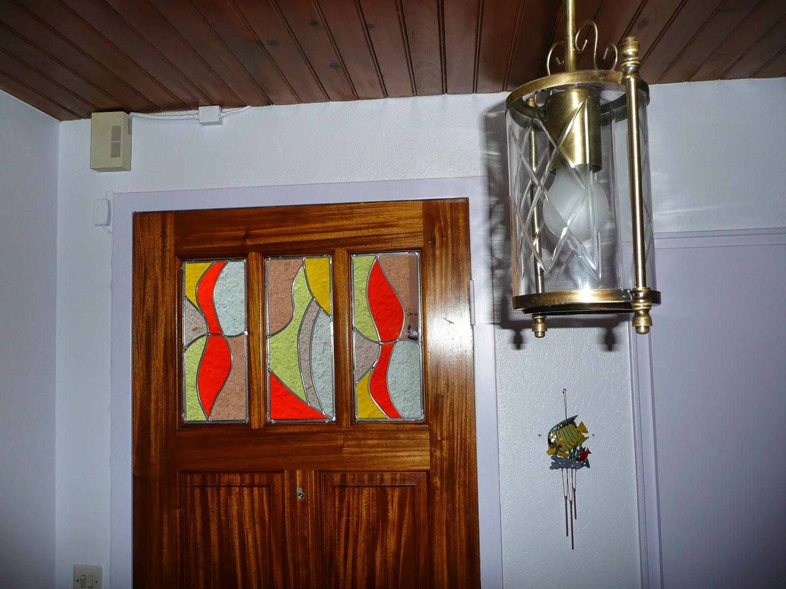 des id es en verre vitraux aux plombs triptyque pour une porte d 39 entr e. Black Bedroom Furniture Sets. Home Design Ideas